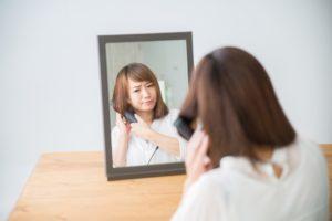 美容師は自分の髪を自分で切ってるのか?