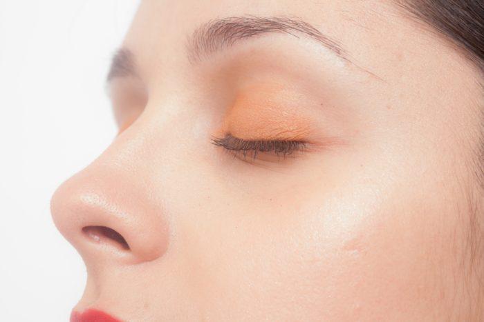 美容室 眉カラー