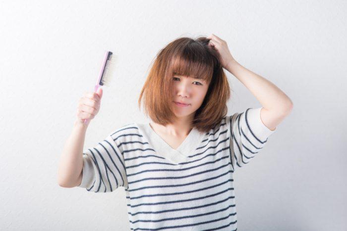 梅雨時期の髪の広がり 縮毛矯正 ストレート