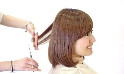 髪を梳かない美容師は上手い?