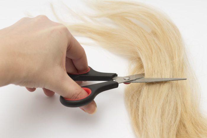 美容室で切った後の髪の毛