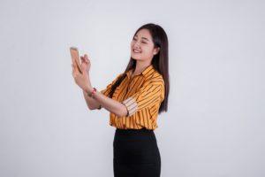 美容室の受付は資格が必要か